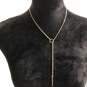 Dainty lariat 💕gold tone necklace. Beautiful❣️New